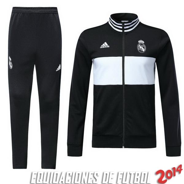 Comprar menos 80% de descuento en Chandal Real Madrid Negro Blanco ... 428d10d2e142b