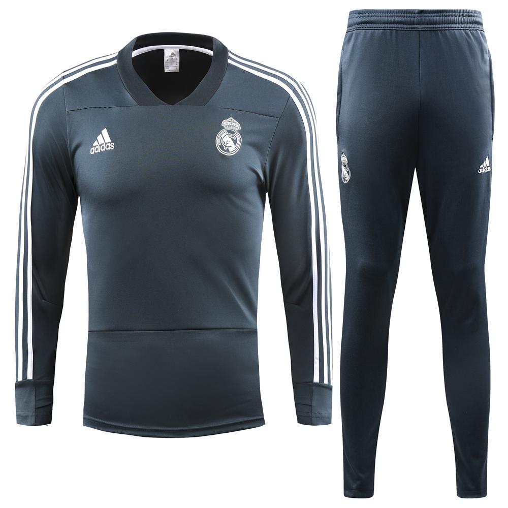 Comprar menos 80% de descuento en Chandal Real Madrid Azul Marino ... 4c9696af81740