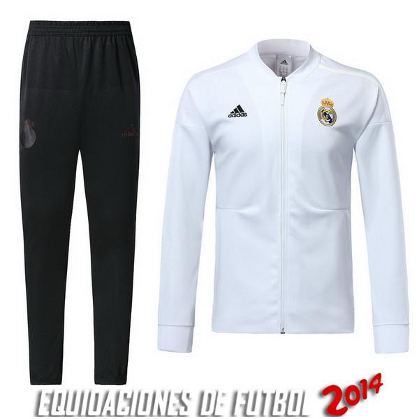 Comprar menos 80% de descuento en Chandal Real Madrid Blanco Negro ... 79fcdd8181e6a